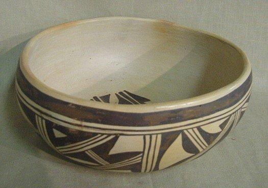 674: Hopi Indian Bowl Signed By E. Chapella