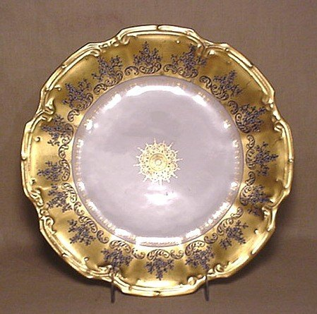 700: Limoges gold-design plate