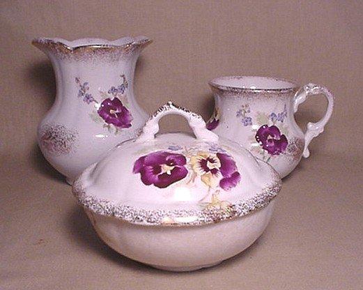 716: Anchor pottery holder, mug and covered bowl