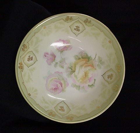 1008: Hand painted bowl signed Germany