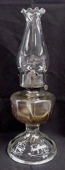1017: Antique kerosene lamp