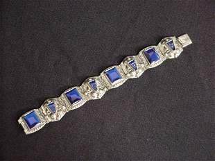 Necklace with aqua marine stones
