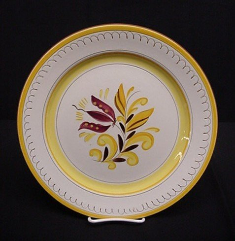 3001: Stangl Provincial round chop platter