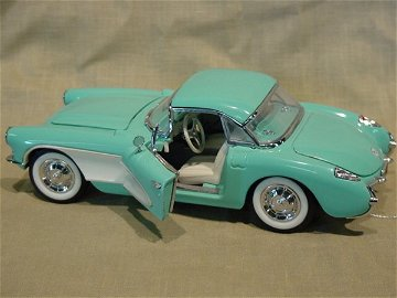 3001: Franklin Mint 1/24 Scale 1956 Chevrolet Corvette