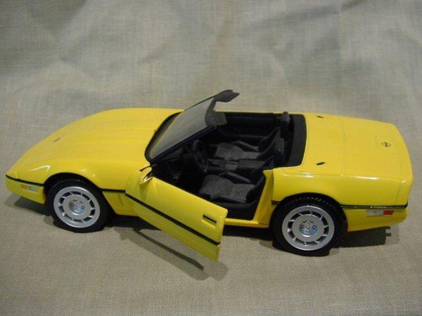 3016: Franklin Mint 1/24 Scale 1986 Chevrolet Corvette