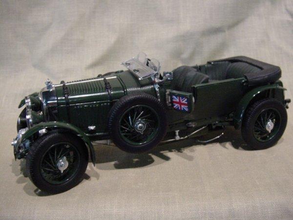 3017: Franklin Mint 1/24 Scale 1929 Bentley