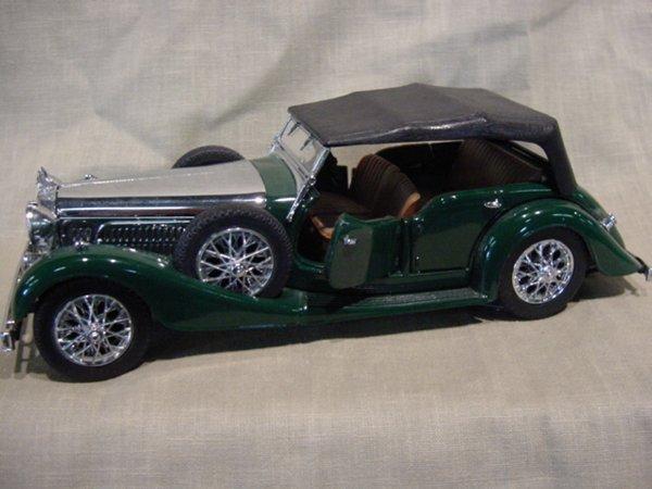 3019: Franklin Mint 1/24 Scale 1938 Alvis 4.3 Litre
