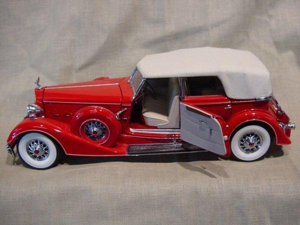 3024: Franklin Mint 1/24 Scale 1936 Packard