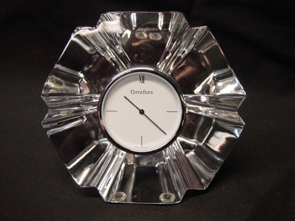 2017: Orrefors crystal clock with original box
