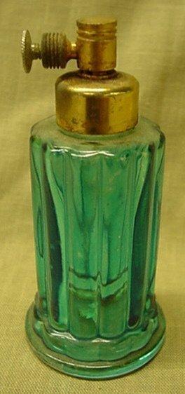 5018: Aqua crystal perfume atomizer, bulb is missing