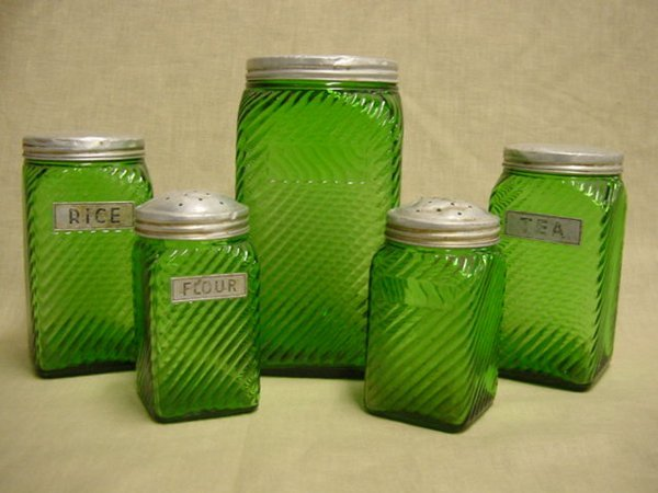 7019: Green depression 5-piece cannister set