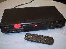 7: Toshiba DVD video player SD-1700, w/ remot