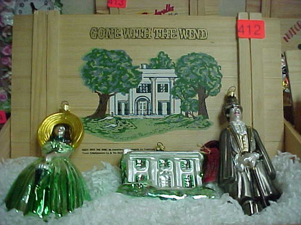 "412: Polonaise ""Gone with the Wind"" Ornament"