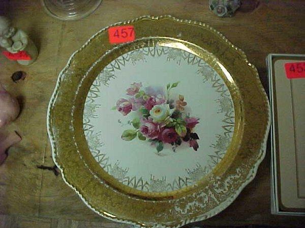 457: 22K gold trimmed plate w/ floral design