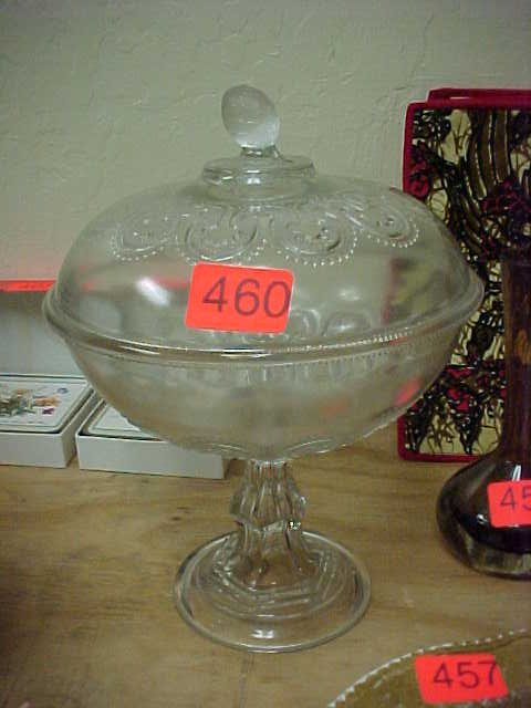 460: Clear glass candy/serving bowl w/ lid