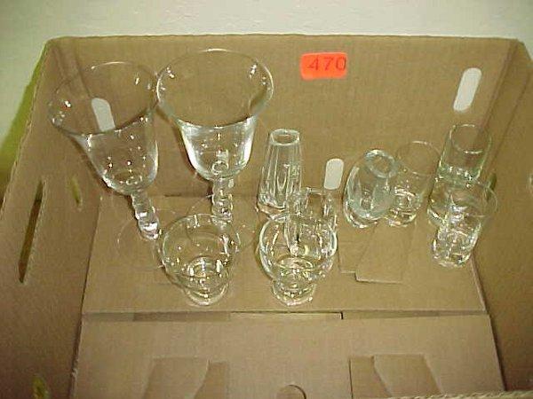 470: Box of misc. glassware
