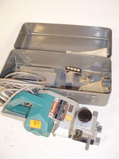 61: Makita power planer, Model 1100