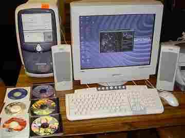 845: Compaq Presario PC w/ monitor and speake