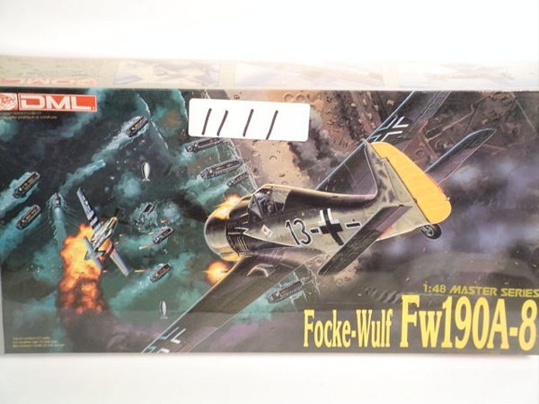 1111: Model Kit DML Focke-Wulf FW190A-8