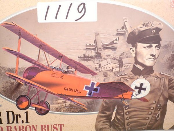 1119: Model Kit DML Fokker Dr.1 & Red Baron