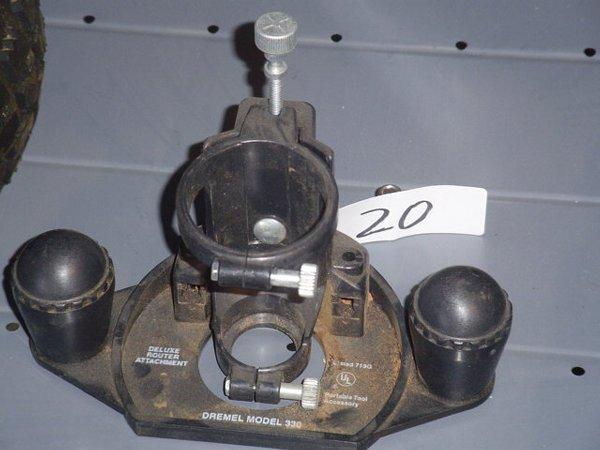 20: Dremel accessory router base, Model #330