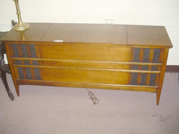 "801: Vintage stereo console, wood. 58"" x 16"" x 26"""