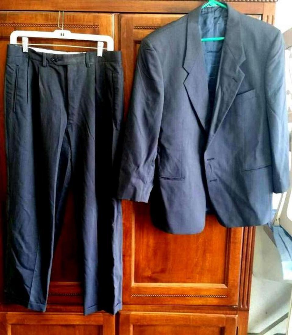 Armani Men's Two-Button Suit, Italy, Sz 39