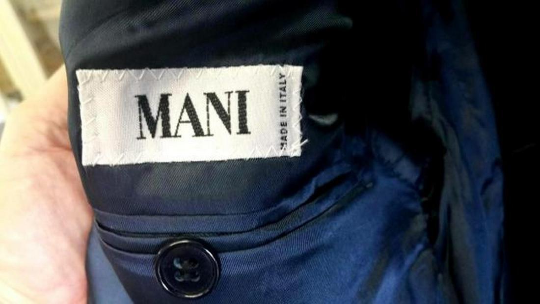 Armani Men's Two-Button Suit, Italy, Sz 39 - 2