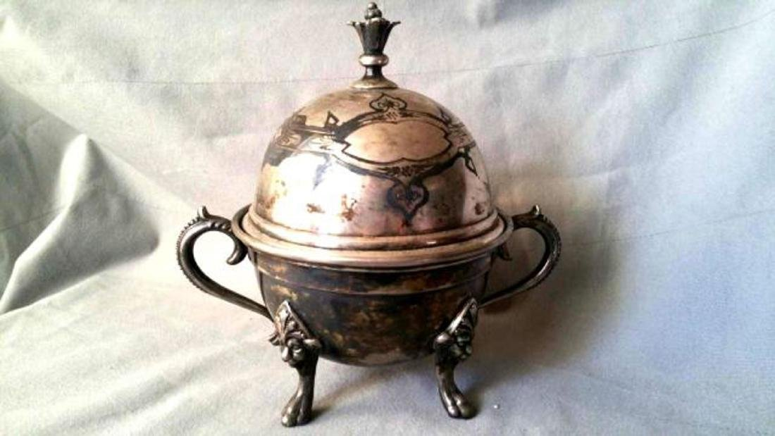 SILVER-PLATED VICTORIAN BUTTER DISH
