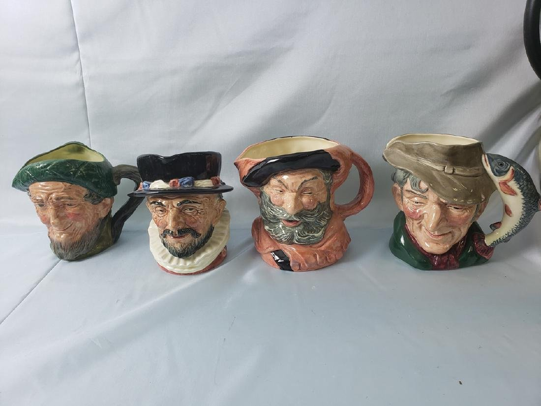 ROYAL DOULTON TOBY JUG POTTERY LOT of 4