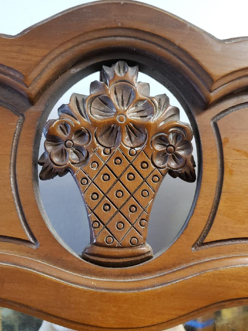 CHEST DRAWERS/CARVED RETICULATED FLOWER BASKET MIRROR - 7