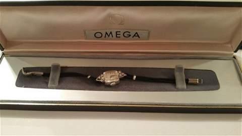 14k White Gold 485 Movement17J Omega Lady's Wrist Watch