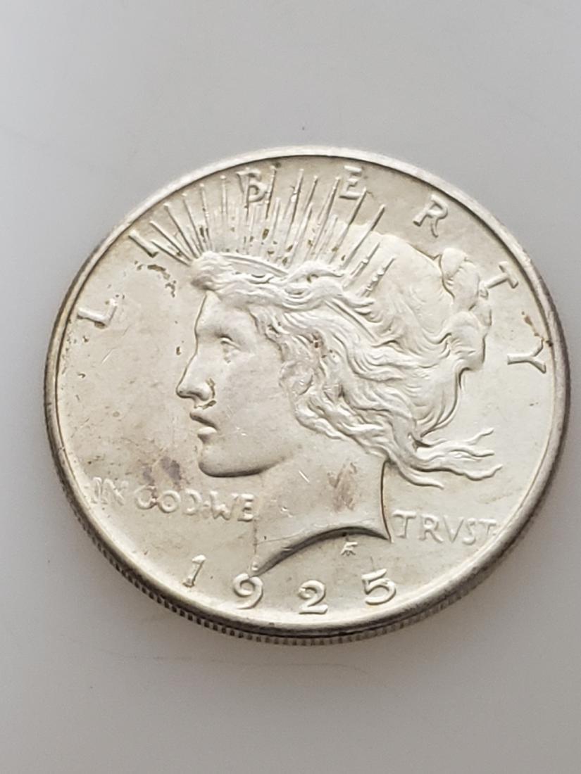 1925 PEACE DOLLAR, .900 SILVER