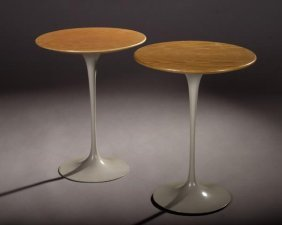 23: Eero Saarinen pedestal group tables, knoll #160F