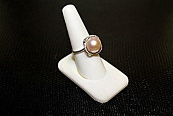 Lady's Very Fancy  White Gold over Silver Broca Pearl &