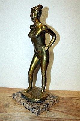 Leo Mol Original,   Gold limited Edition  Bronze WOMAN