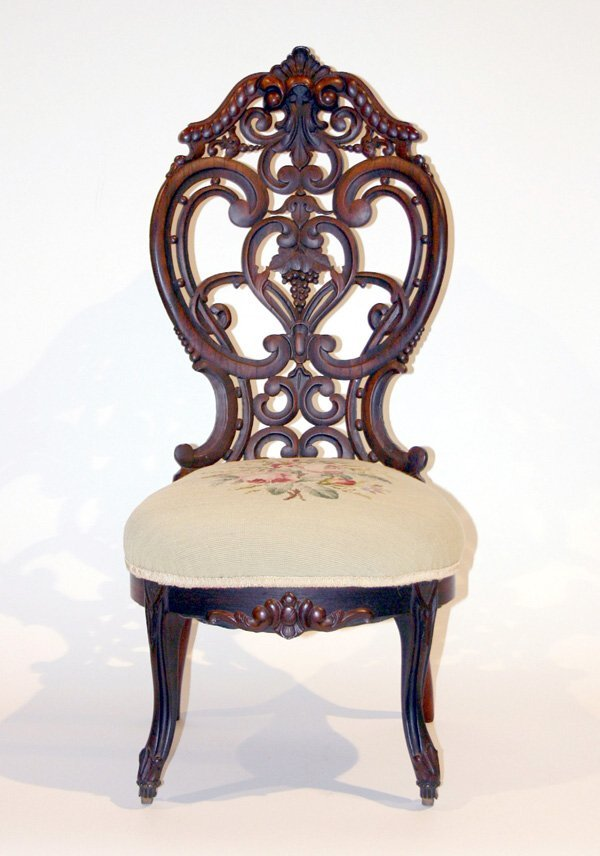 1012: American Rosewood Laminated Parlor Chair