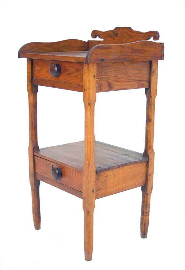 19: Period American Federal Two Drawer Washstand