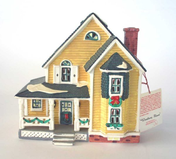 1004: Dept 56 Woodbury House Snow Village 54445