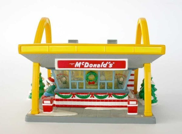 1011: Dept 56 McDonalds 54914 Snow Village