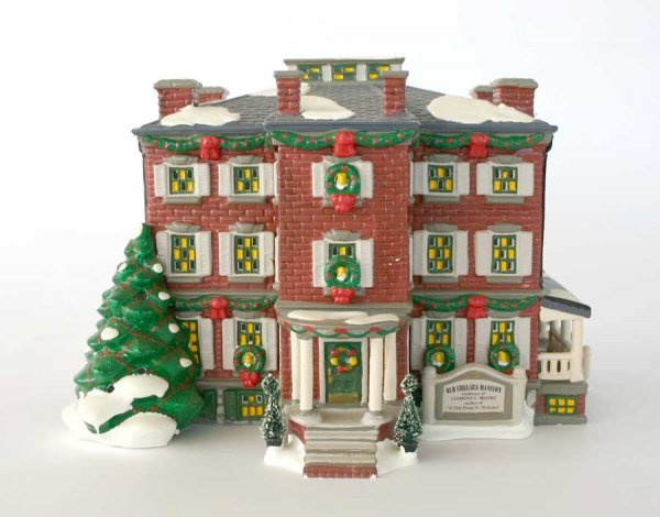 1013: Dept 56 Old Chelsea Mansion 54903 Snow Village