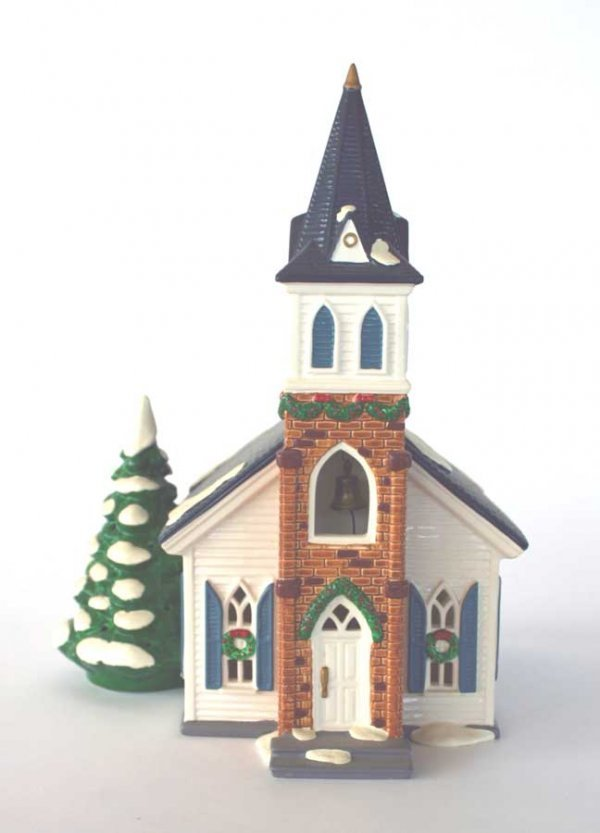 1018: Dept 56 Wedding Chapel 54640 Snow Village