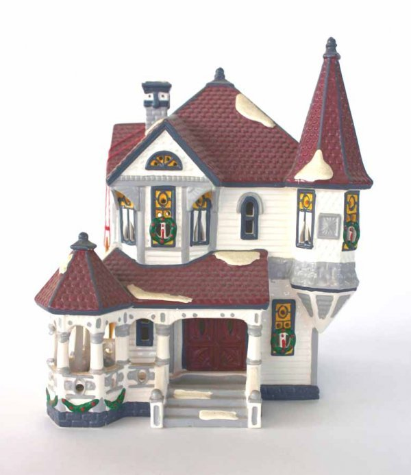 1019: Dept 56 Queen Anne Victorian 51578 Snow Village