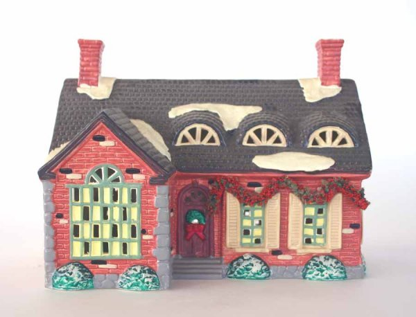 1022: Dept 56 Stonehurst House 51403 Snow Village