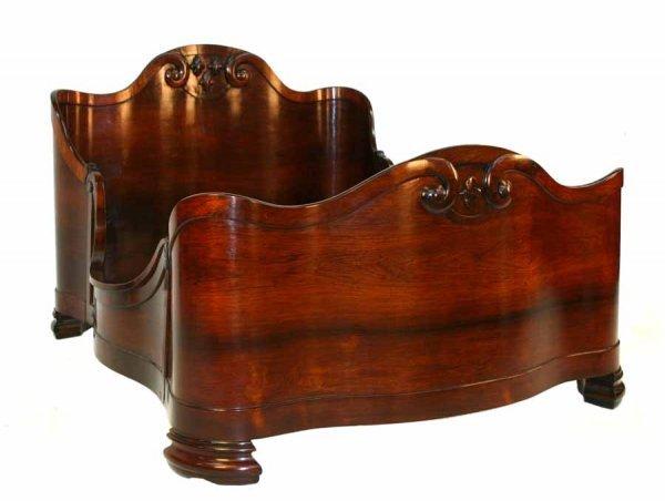 180: Rare John Henry Belter Laminated Rosewood Bed