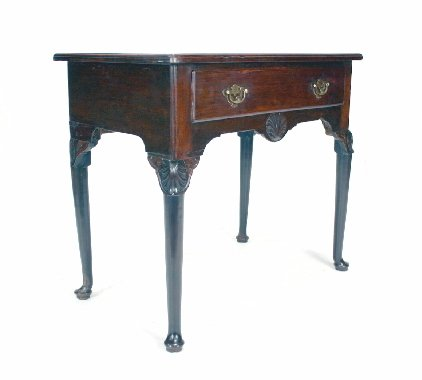007: 18th C. Irish Mahogany Side Table