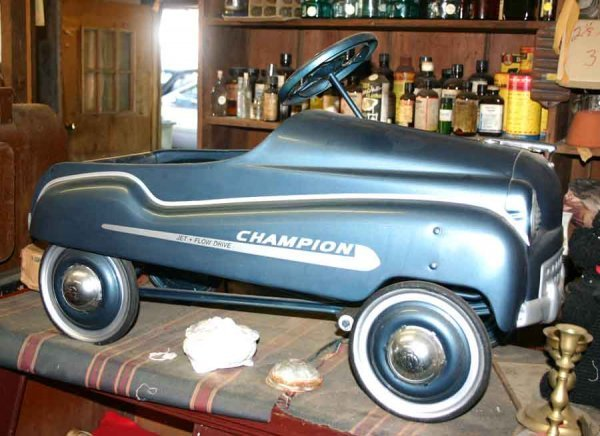 1001: Vintage Murray Champion Pedal Car. Restored Condi