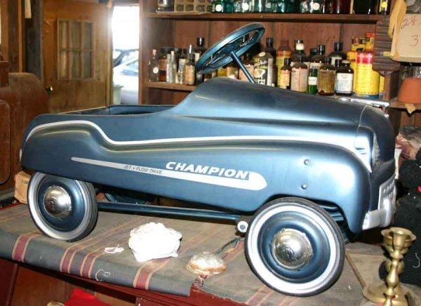 1001: Vintage Murray Champion Pedal Car. Restored Condi