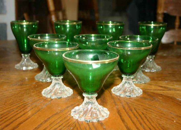 1020: Ten Footed Green Glasses