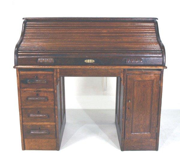 19: American Oak S-Roll Desk. Circa 1900